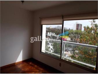 https://www.gallito.com.uy/apartamento-en-alquiler-rambla-republica-de-chile-y-amsterda-inmuebles-19398281