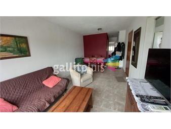 https://www.gallito.com.uy/navarra-y-r-anador-piso-alto-impecable-soleado-y-comodo-inmuebles-19416100