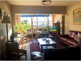 https://www.gallito.com.uy/3-dormitorios-servicio-y-garaje-doble-pocitos-inmuebles-19425562