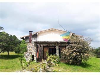 https://www.gallito.com.uy/casa-de-campo-con-6-has-en-sierra-de-las-animas-inmuebles-19427959