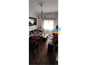 https://www.gallito.com.uy/hermoso-apto-refaccionado-con-patio-inmuebles-19432708