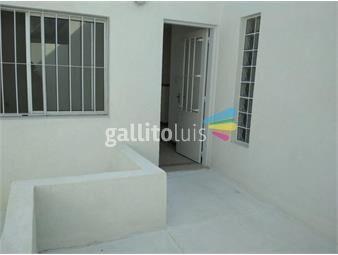 https://www.gallito.com.uy/apartamento-en-alquiler-juan-jose-de-amezaga-perez-castella-inmuebles-19527735