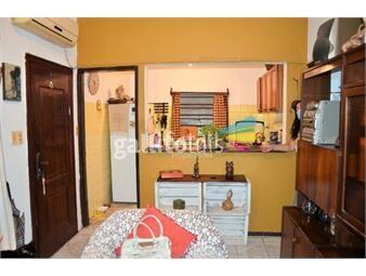 https://www.gallito.com.uy/al-sur-de-giannattasio-dos-dorm-98mil-precio-total-inmuebles-19346447