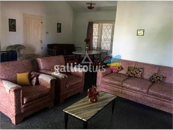 https://www.gallito.com.uy/venta-casa-salinas-sur-dos-dormitorios-chalet-de-tejas-inmuebles-19534305