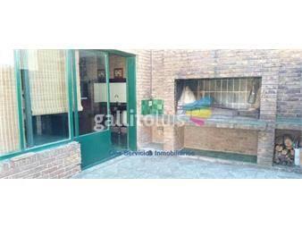 https://www.gallito.com.uy/venta-apartamento-en-centro-2-dormitorios-terraza-y-parrille-inmuebles-19536081