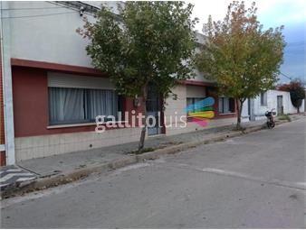 https://www.gallito.com.uy/venta-o-permuta-2-casas-en-flores-trinidad-inmuebles-19536110