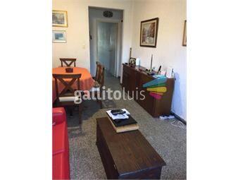 https://www.gallito.com.uy/venta-apto-tres-cruces-4-dormitorios-y-2-baños-inmuebles-19512362