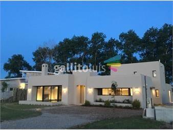 https://www.gallito.com.uy/venta-casa-3-dormitorios-viñedos-de-la-tahona-402-inmuebles-19552699