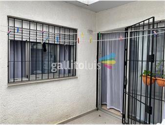 https://www.gallito.com.uy/impecable-tipo-casita-con-patio-inmuebles-19557573
