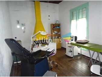 https://www.gallito.com.uy/casa-multiples-opciones-de-uso-familia-empresa-deposito-inmuebles-19560622