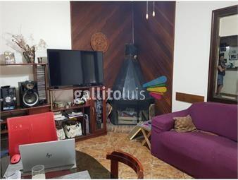 https://www.gallito.com.uy/muy-linda-casita-con-garaje-y-2-patios-inmuebles-19561512