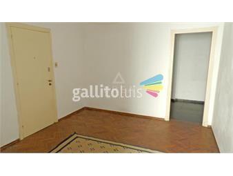 https://www.gallito.com.uy/permuta-apartamento-parque-rodo-un-dormitorio-azotea-patio-inmuebles-19568032