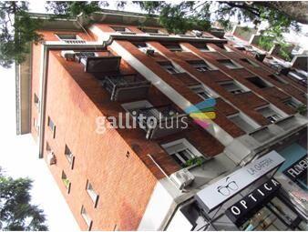 https://www.gallito.com.uy/apartamento-3-dormitorios-2-baños-pocitos-estilo-av-brasil-inmuebles-19583167