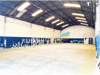 https://www.gallito.com.uy/400-m2-enteros-luz-natural-seco-taller-inmuebles-19594105