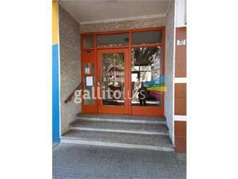https://www.gallito.com.uy/excelente-apartamento-de-3-dormitorios-zona-aguada-inmuebles-19599498