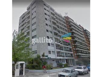https://www.gallito.com.uy/prox-mar-al-frente-livcom-con-tza-cocina-definida-inmuebles-19599830