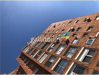 https://www.gallito.com.uy/apartamento-en-alquiler-sobre-avenida-agraciada-inmuebles-19288537