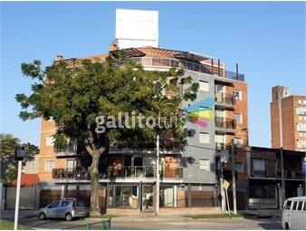 https://www.gallito.com.uy/apartamento-2-dormitorios-ccochera-amueblado-inmaculado-inmuebles-19616847
