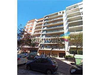 https://www.gallito.com.uy/venta-apto-3-dormitorios-y-servicio-con-vista-al-mar-inmuebles-19629334