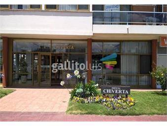 https://www.gallito.com.uy/muy-buena-ubicacion-con-muebles-alquiler-anual-inmuebles-19631279