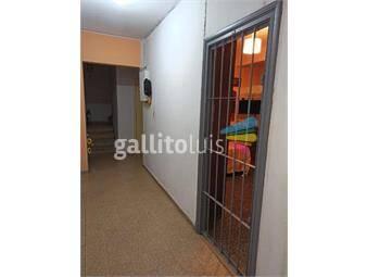 https://www.gallito.com.uy/monoambiente-centro-con-patio-bajos-gc-inmuebles-19646927