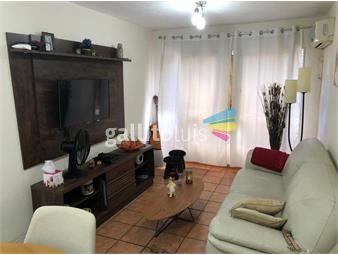https://www.gallito.com.uy/amplio-luminoso-a-metros-de-rambla-inmuebles-19660893