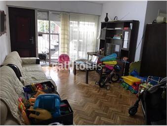 https://www.gallito.com.uy/garage-x-2-y-patio-amplio-con-parrillero-inmuebles-19688621