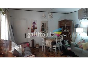 https://www.gallito.com.uy/dos-amplios-dormitorios-en-malvin-inmuebles-19690766