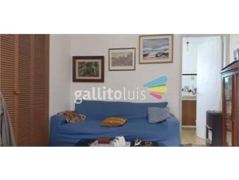 https://www.gallito.com.uy/apartamento-de-2-dormitorios-excelente-estado-al-frente-inmuebles-19737106