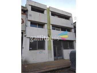https://www.gallito.com.uy/notable-local-en-pleno-barrio-sur-inmuebles-19577195