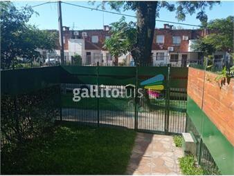 https://www.gallito.com.uy/casa-2-dormitorios-patio-y-jardin-al-frente-barrio-la-teja-inmuebles-19743059