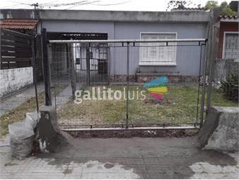 https://www.gallito.com.uy/apto-tipo-casa-al-frente-leer-todo-el-texto-la-descripcion-inmuebles-19752800