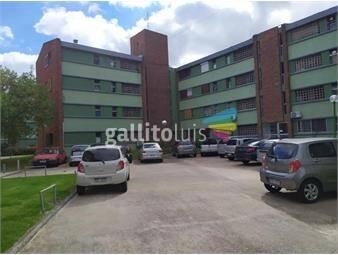 https://www.gallito.com.uy/apto-con-vista-despejada-estacionamiento-en-complejo-buceo-inmuebles-19765294