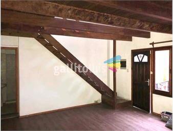 https://www.gallito.com.uy/loft-piso-4-por-esc-1dorm-isla-de-flores-y-gaboto-gc1900-inmuebles-19776304