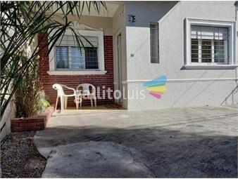 https://www.gallito.com.uy/casa-en-una-planta-con-jardin-lindo-patio-y-lugar-para-auto-inmuebles-19786295