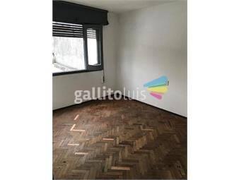 https://www.gallito.com.uy/apto-primer-piso-por-escalera-luminoso-inmuebles-19775958