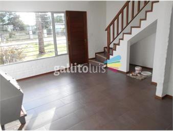 https://www.gallito.com.uy/en-doble-planta-3-dormitorios-2-baños-lomas-de-solymar-venta-inmuebles-19825548