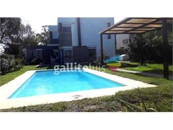 https://www.gallito.com.uy/excelente-ubicacion-3-d-3-b-mas-apto-y-piscina-inmuebles-19851776