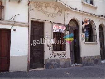 https://www.gallito.com.uy/bajo-excelente-ubicacion-charrua-prox-a-bvar-artigas-inmuebles-19907844