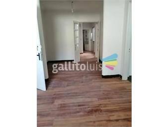 https://www.gallito.com.uy/con-patio-amplia-100-mts-de-bvar-artigas-pasos-av-brasil-inmuebles-19925950