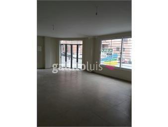 https://www.gallito.com.uy/venta-de-local-comercial-en-ciudad-vieja-crenta-inmuebles-13250299