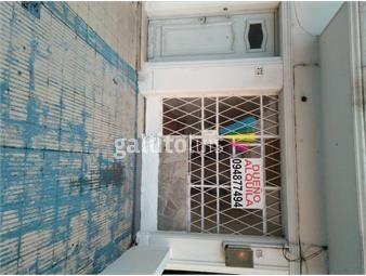 https://www.gallito.com.uy/monoambiente-sobre-avenida-italia-en-el-buceo-sector-sur-inmuebles-19940955