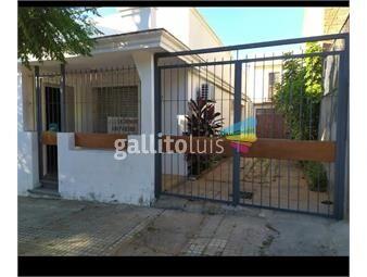 https://www.gallito.com.uy/dueño-vende-casa-centrica-con-parrillero-y-garage-inmuebles-19980158
