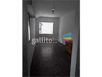 https://www.gallito.com.uy/luminoso-apartamento-a-media-cuadra-de-la-plaza-zabala-inmuebles-20012088