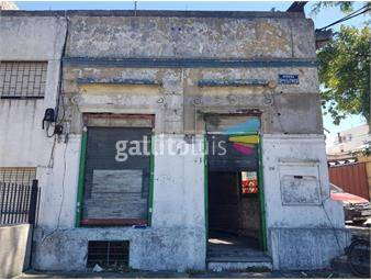 https://www.gallito.com.uy/gral-flores-y-revuelta-zona-cerrito-inmuebles-20016216