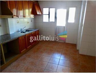 https://www.gallito.com.uy/super-apartamento-de-4-dormitorios-en-pocitos-inmuebles-20036637