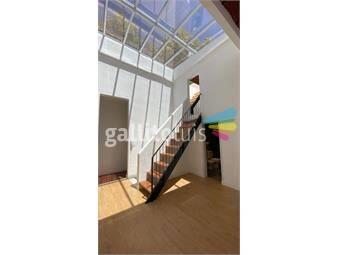 https://www.gallito.com.uy/dueño-vende-casa-de-altos-reciclada-a-nuevo-inmuebles-20037300