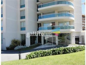 https://www.gallito.com.uy/apartamento-3-dormitorios-3-baños-dep-de-serv-a-50m-del-mar-inmuebles-19239376