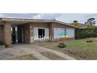 https://www.gallito.com.uy/venta-casa-medanos-de-solymar-2-dormitorios-barbacoa-garaje-inmuebles-20151231