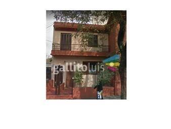 https://www.gallito.com.uy/dueño-alquila-iluminada-casa-de-altos-en-punta-carretas-inmuebles-20170543